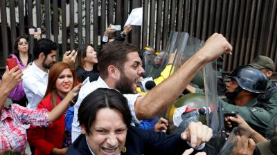 La crítica situación de Venezuela en 10 fotografías