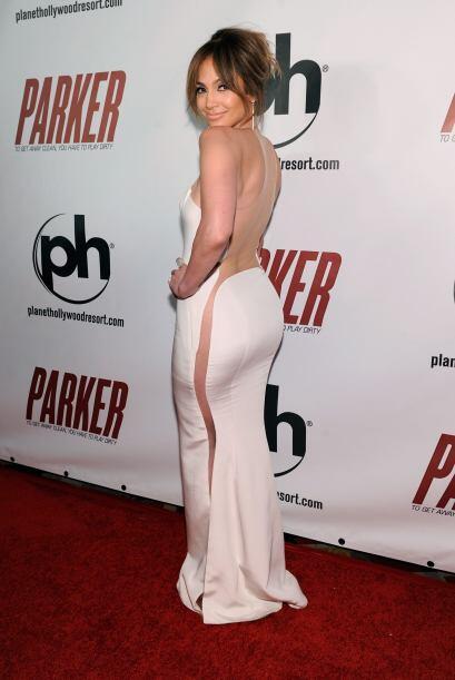 No por nada los hombres desean las esculturales curvas de Jennifer Lopez...