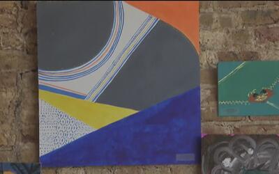 Jóvenes sin hogar generar recursos con sus propias obras de arte