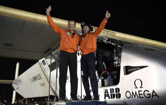 Con André Borscherberg al mando, el avión Solar Impulse completó este lu...