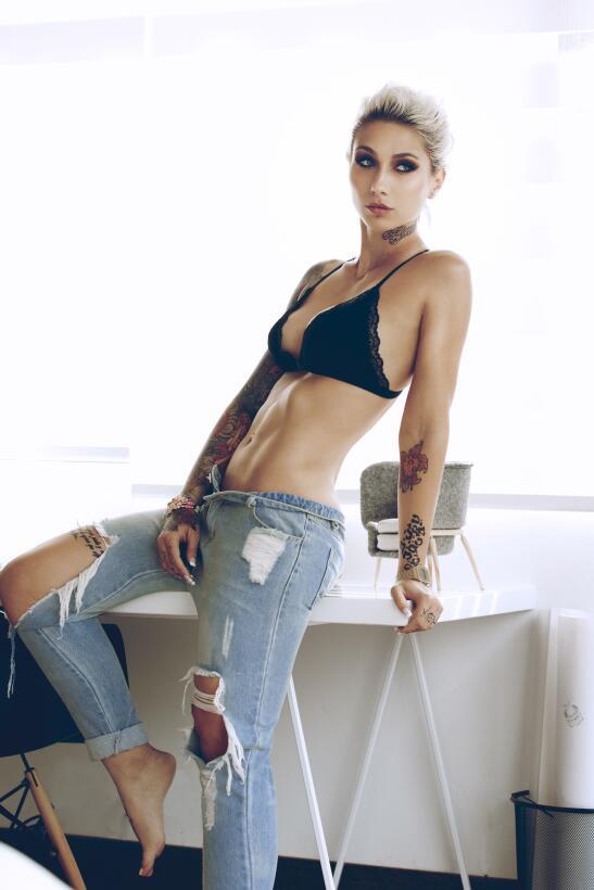 Sara Schmidt, la seductora alemana y su disciplina al gimnasio para una...
