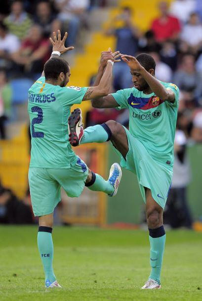 Los jugadores festejaban la consecución del punto que les valió el título.