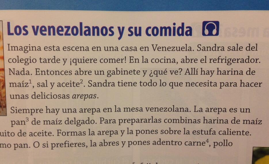 Unos 3,200 estudiantes de secundaria aprenderían español con estos libros.