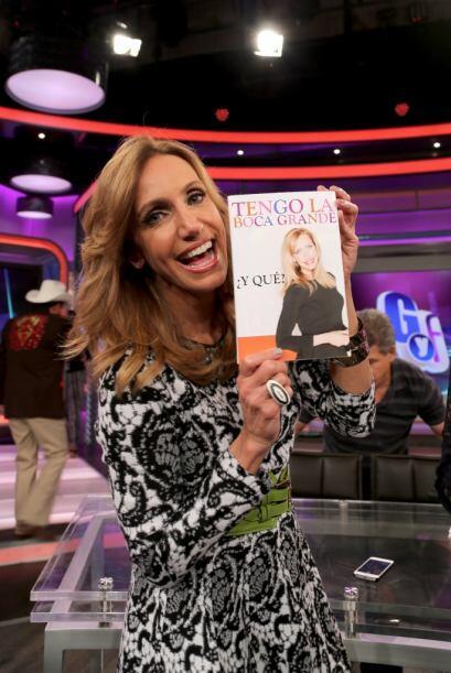Lili sorprendió a su amiga Giselle con su propio libro 'Tengo la boca gr...