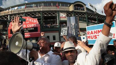 Activistas de Chicago planean llegar hasta el aeropuerto O'Hare para exigir el fin de la segregación racial