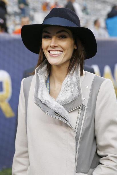 La modelo Hilary Rhoda fue una de las celebridades que asistió al evento.