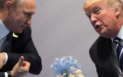 Vladimir Putin y Donald Trump durante la Cumbre del G-20 en Alemania.