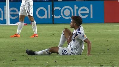 Las lesiones vuelven a castigar a Jonathan dos Santos quien abandonó el partido ante Colorado