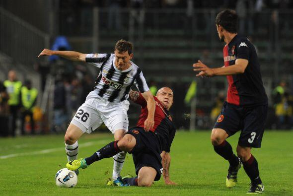 La 'Juve' seguía manejando el partido para cuidar su ventaja.