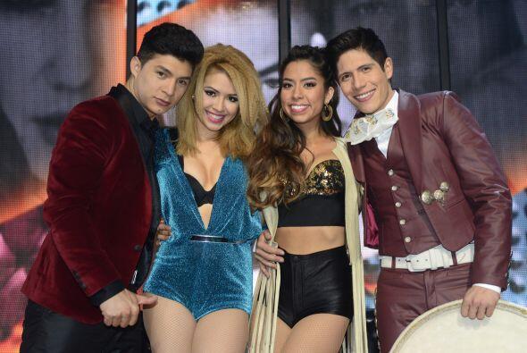 Los cuatro chicos en el paredón: Danny, Paloma, Virginia y Fernando.