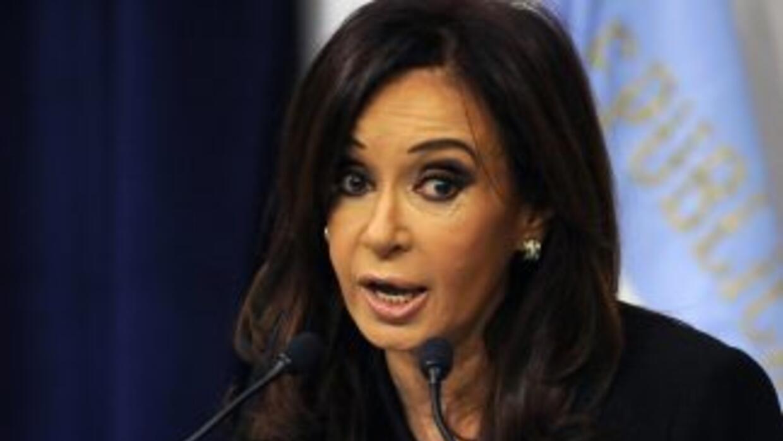 El gobierno de Cristina Fernández sostiene fuerte disputa con dos princi...