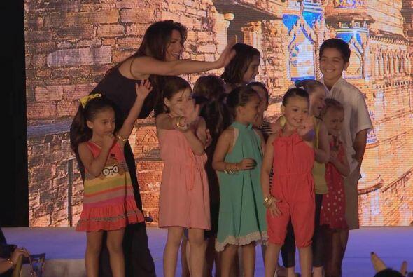 Los pequeños del grupo de Bárbara vistieron los modelos de la colección...