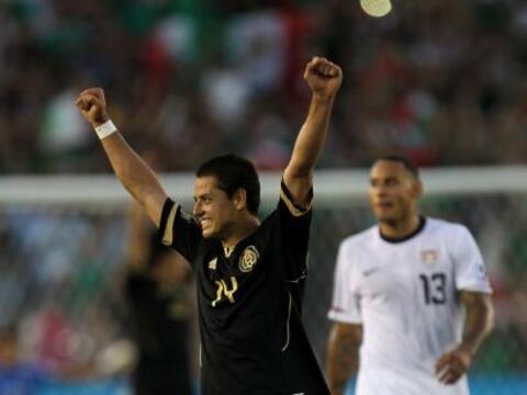 Al darse el silbatazo final los jugadores de la Selección Mexican...
