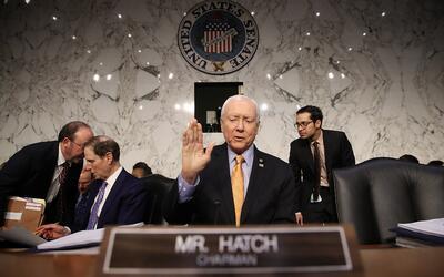 El presidente del Comité Financiero del Senado, Orrin Hatch, fue...