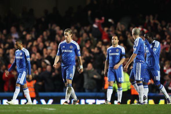 Chelsea acabó eliminado de la Carling al perder 2-0 y no consigue levant...