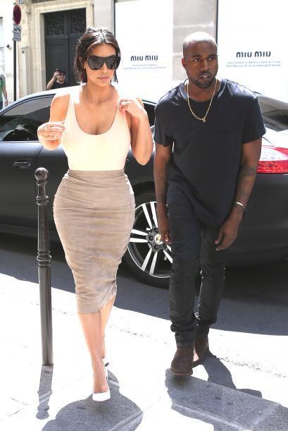 ¡A Kim se le olvidó ponerse sostén!Mira aquí lo último en chismes.