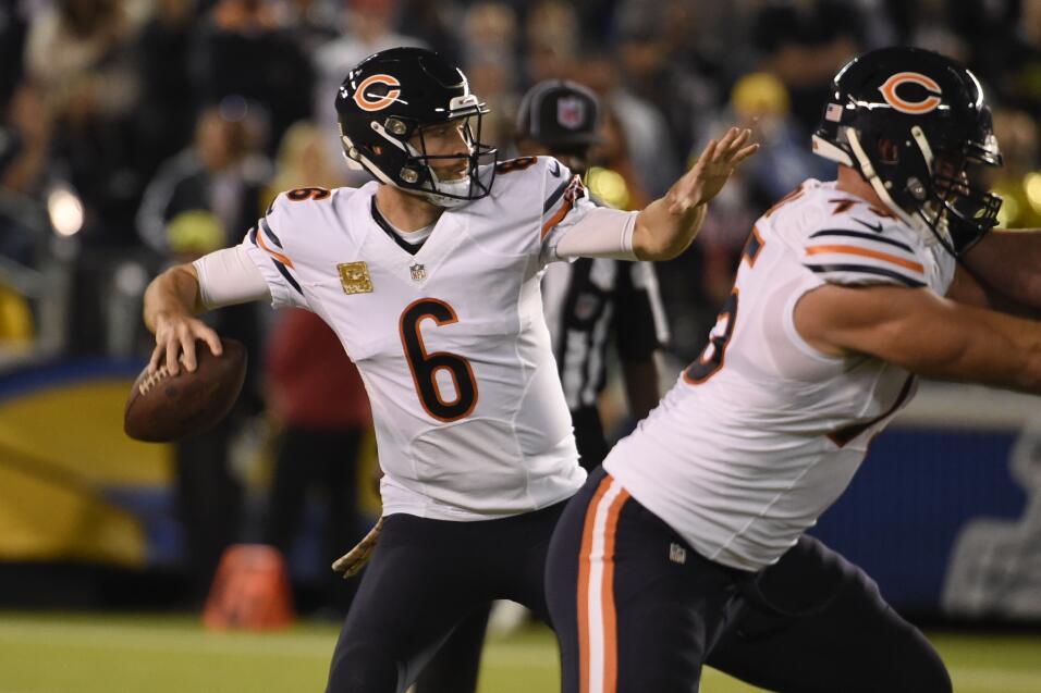 Los Bears con marcador de 22-19 superaron a los Chargers en San Diego. C...