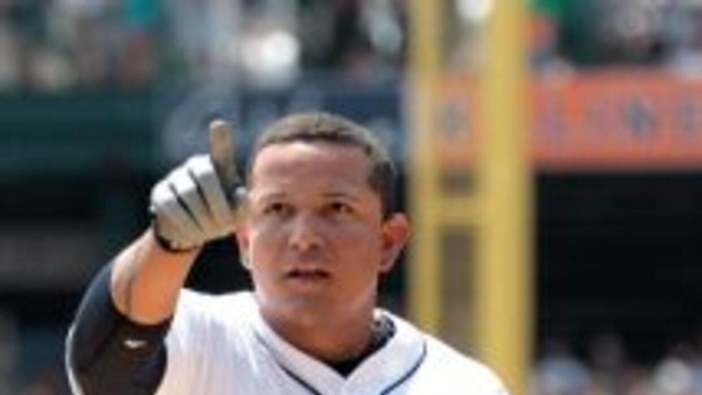Cabrera se convirtió en el segundo jugador venezolano en alcanzar en las...