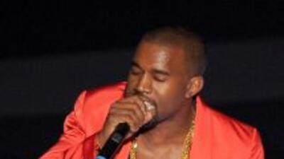 Kanye West es uno de los raperos más afamados del momento. Su éxito vien...