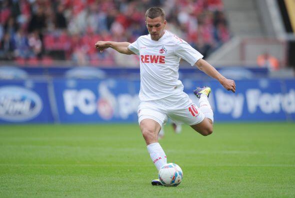 Metió dos goles de los tres en la victoria de su equipo, el Colonia, fre...