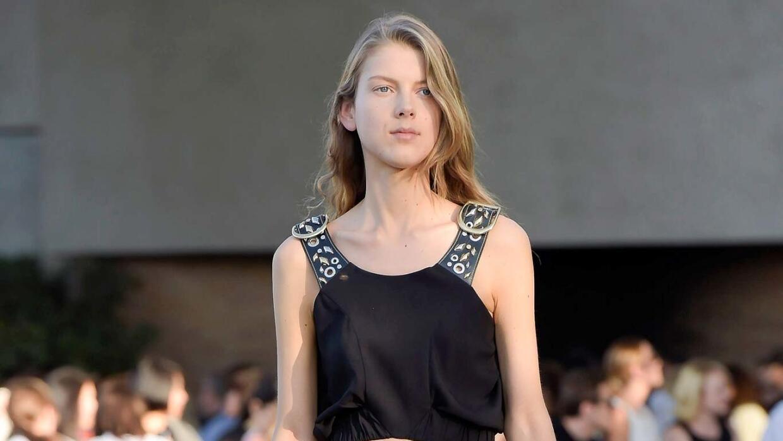 Los pantalones amplios fueron la apuesta de Louis Vuitton