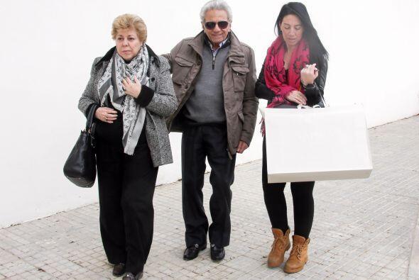Los abuelos de Sasha estuvieron ahí para luego también darle la bienveni...