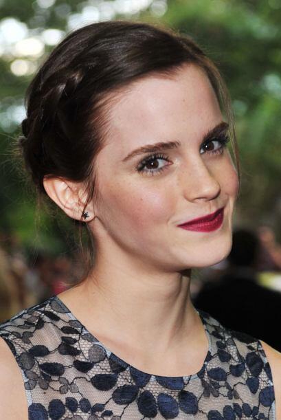 Una melena larga es sinónimo de variedad en peinados. Emma Watson aprove...