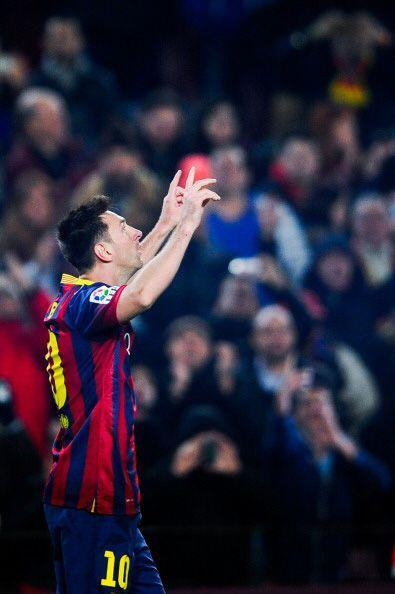 Dicha encuesta sitúa al jugador del Barça Lionel Messi en decimoquinto l...