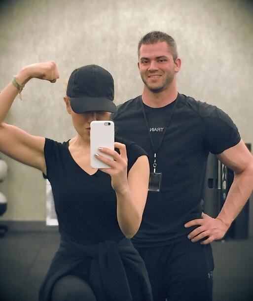 Tuitpics músculos nominados