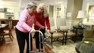 Unas 73,000 personas viven en las 683 residencias para adultos mayores l...