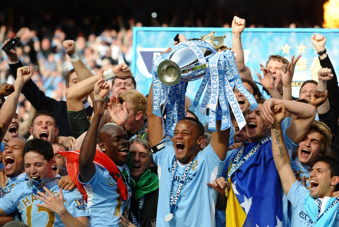 7. Manchester City (2011/2012) - 89 puntos y +64 en diferencia de gol. F...