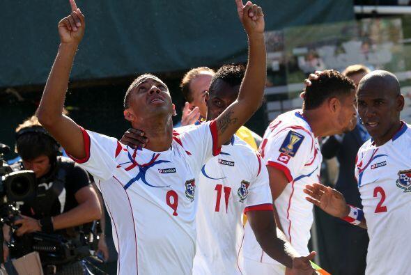 Pero Panamá volvió a sorprender en el inicio de la segunda mitad y toda...