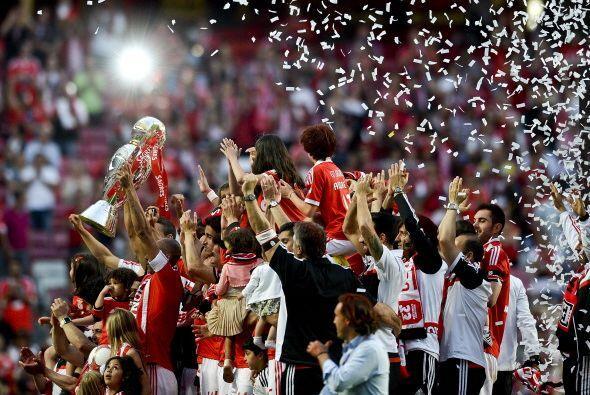 Portugal: Tras tres años de dominio de Porto, Benfica se coronó campeón...
