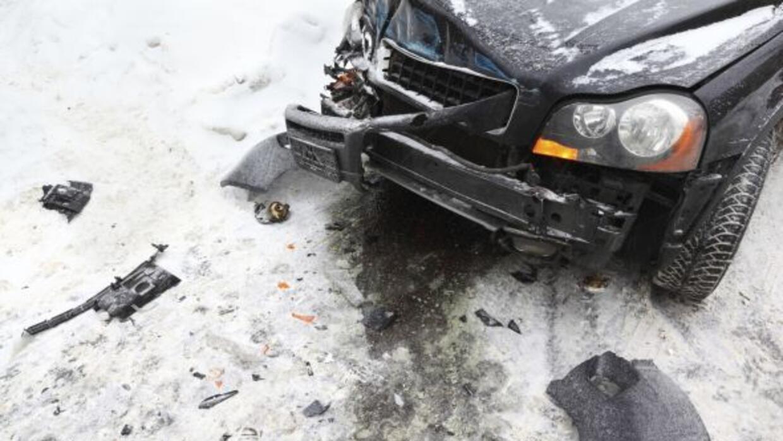 Un hombre perdió la vida luego de que saliera proyectado de su vehículo...
