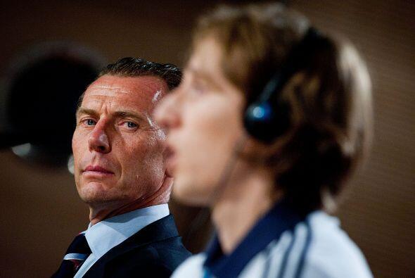 En la  Liga Premier, Luka disputó con su ya ex equipo Tottenham 127 encu...