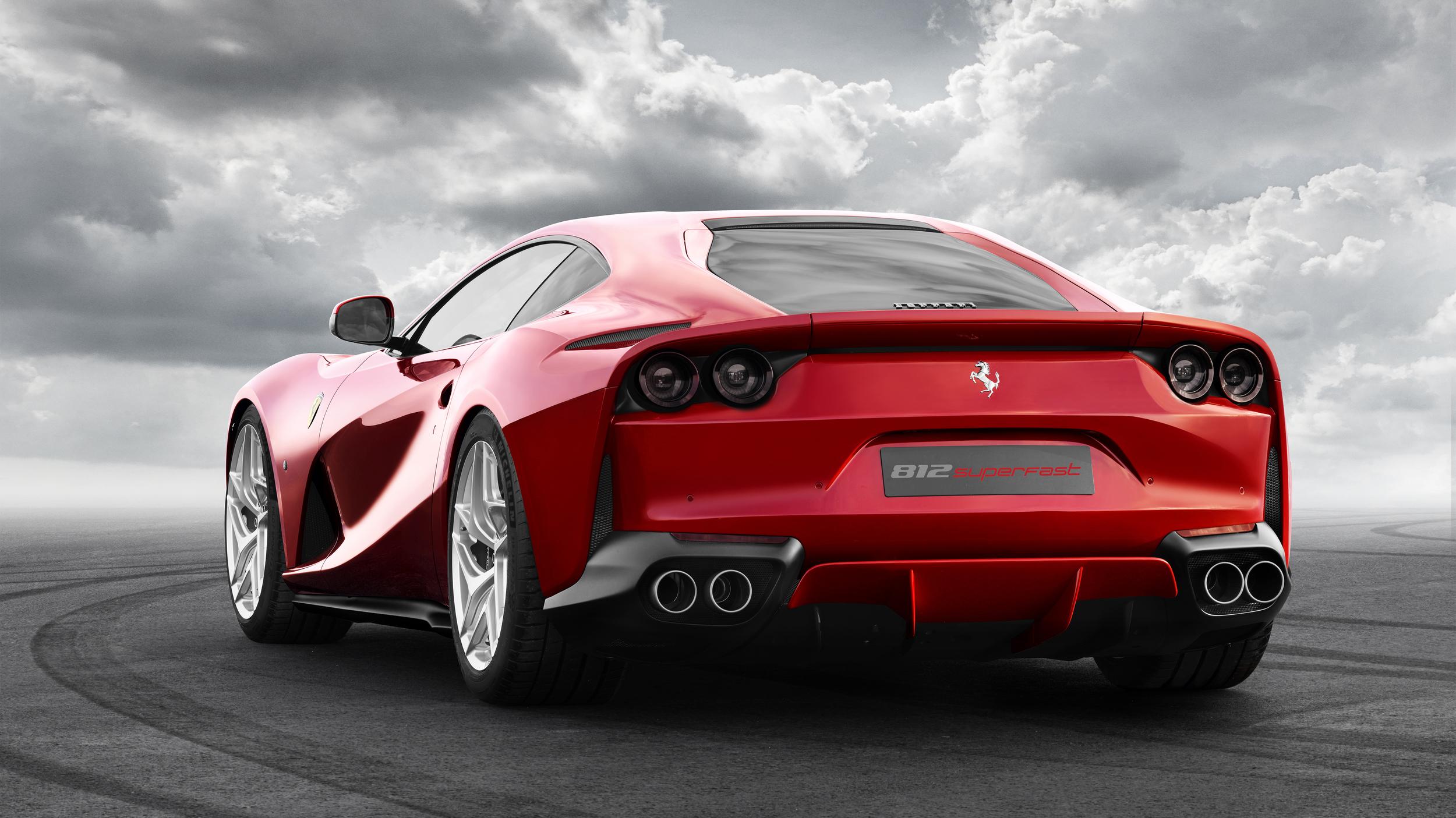 Conoce al nuevo Ferrari 812 Superfast 2018, el más poderos ...