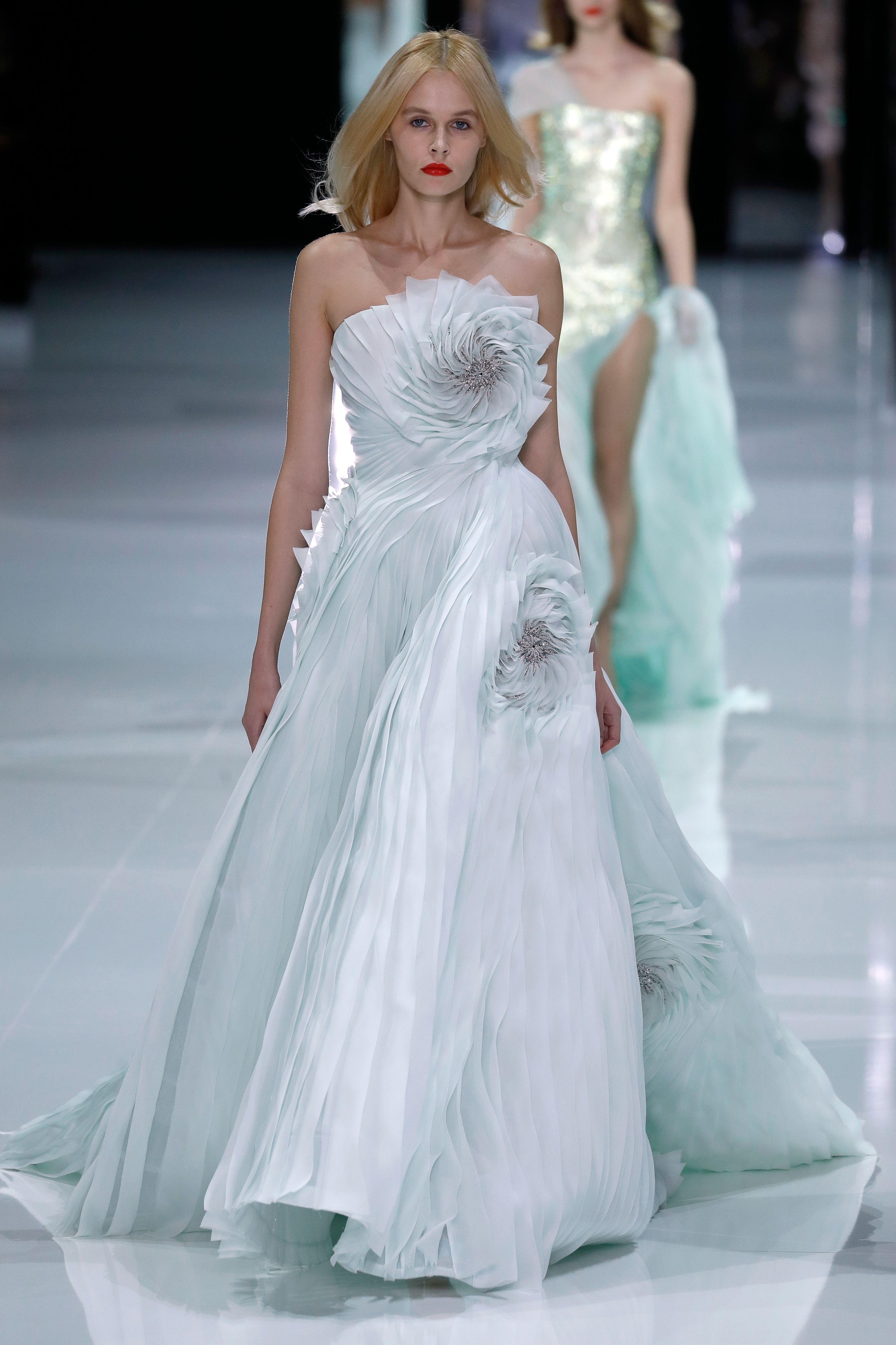 Si todo sigue igual, así de espectacular será el vestido de novia de ...